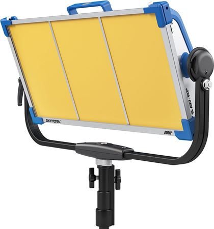"Immagine per la categoria FARI LED - ""SKYPANEL S60-RP"""